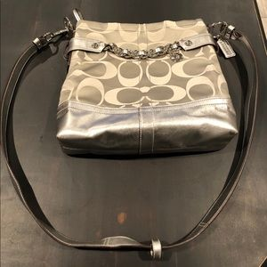 COACH SILVER CROSSBODY BAG AUTH